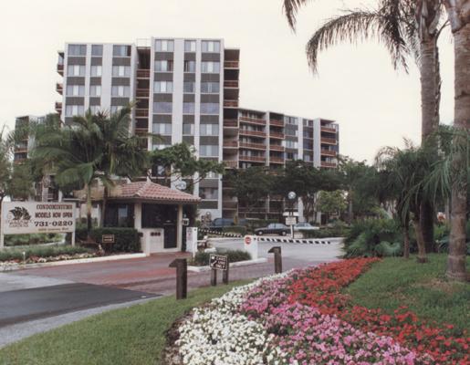 Inverrary Gardens Apartments-Inverrary-Florida